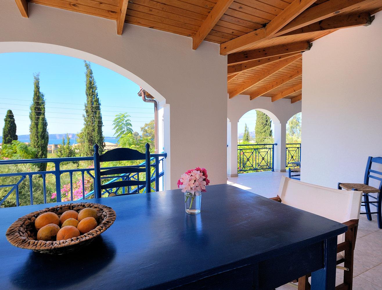 Veranda Villa Hetty mit Meerblick